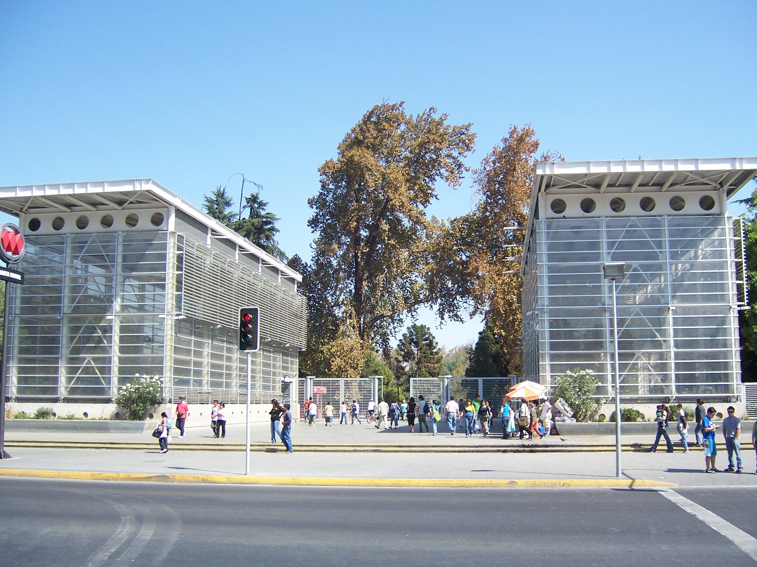 Metro Quinta Normal   Panoramio